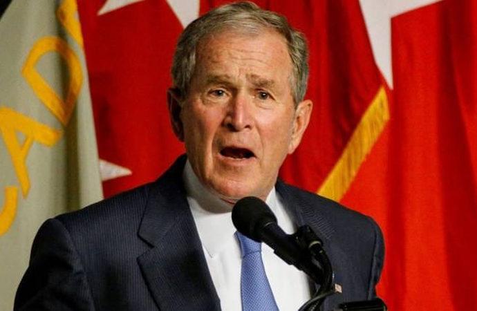 Eski başkan Bush:  Afganistan'dan çekilmek hata