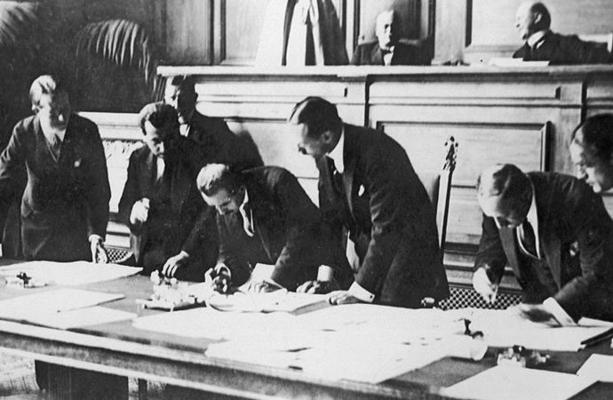 Tek nüsha imzalanan Lozan Anlaşması hangi ülkede saklanıyor?