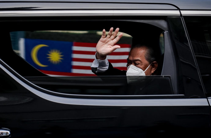 Malezya'da sürpriz istifa
