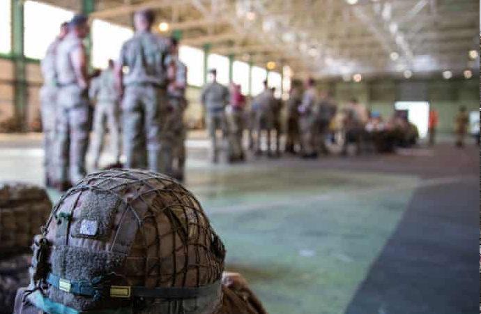 ABD, dün Afganistan'dan 3 bin kişi çıkardı
