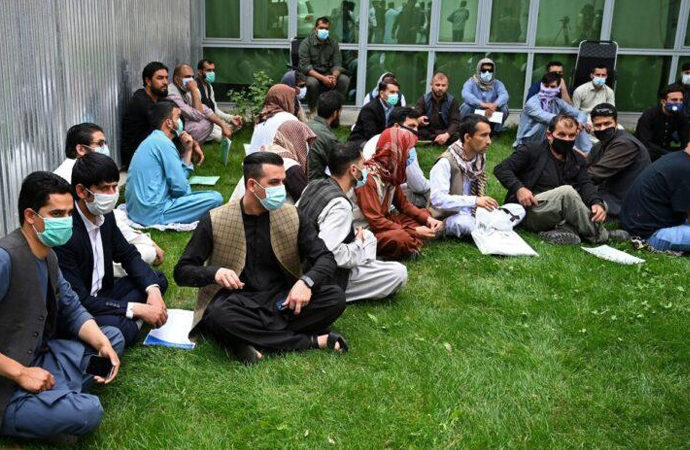 """ABD, """"ABD için çalışan Afganları"""" ne yapacak?"""
