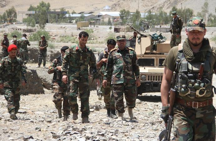 Taliban 18'inci vilayet merkezini de ele geçirdi