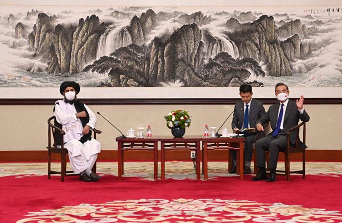Japonya ve Güney Kore, Çin'in yakınlaşmasından rahatsız