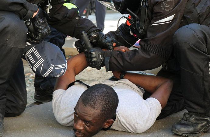 Fransa'da korona protestoları 5. haftasında