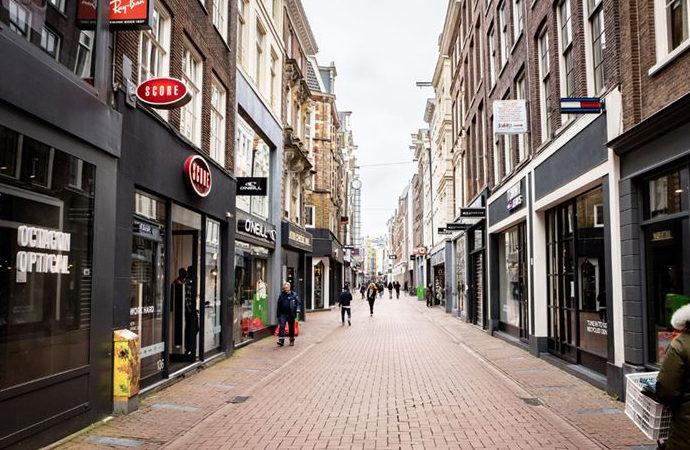 Hollanda tedbirleri tamamen kaldırmaya hazırlanıyor