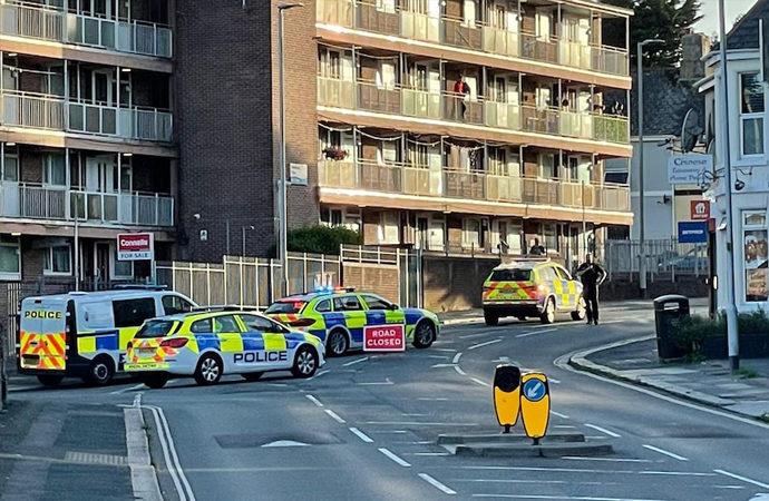 İngiltere'de silahlı saldırı: 6 kişi öldürüldü