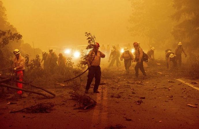 Kaliforniya'daki yangın 3. haftasında