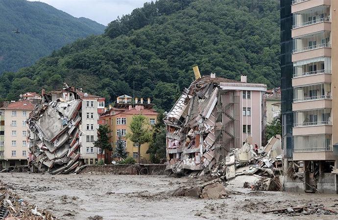 Sel nedeniyle Kastamonu'da 25, Sinop'ta 2 kişi hayatını kaybetti