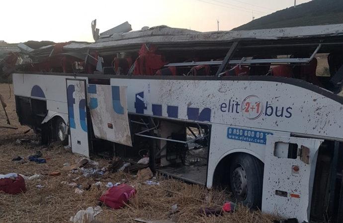 Balıkesir'de korkunç kaza: Yolcu otobüsü takla attı