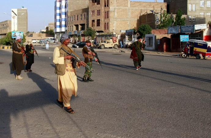 Taliban, vilayet merkezi Şibirgan'ı ele geçirdi