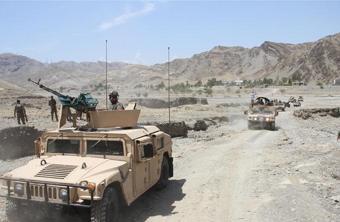 Taliban 10'uncu vilayet merkezini ele geçirdi