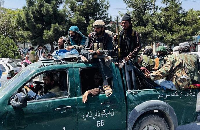 Taliban 15 ilçede yerel direnişle karşılaştı
