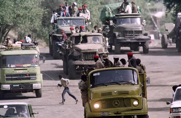 TPLF ilerlemeye başladı, Abiy Ahmed halkı seferberliğe çağırdı