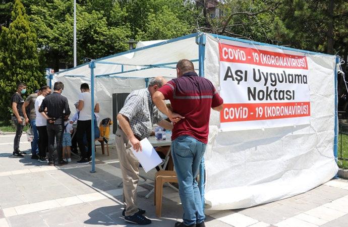Türkiye'de 4. doz aşı kararı: Neden ihtiyaç duyuldu?