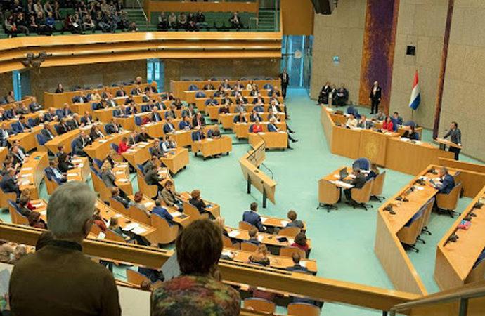 Hollanda'da yaklaşık 5 aydır hükümet kurulamadı