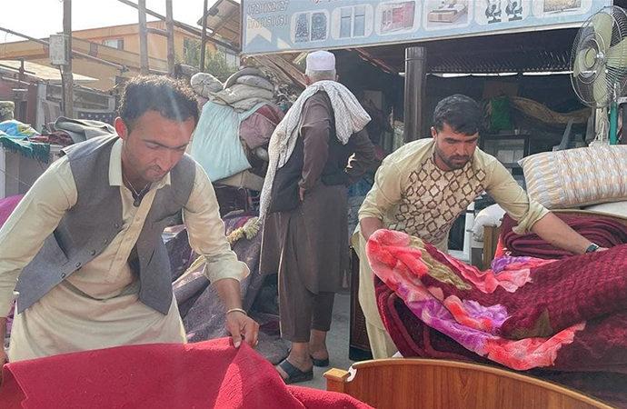ABD için çalışan Afganlar hala tahliye edilmeyi bekliyor