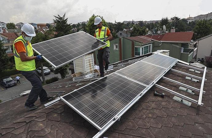 İzmir'de çatı üstü güneş panellerine talep katlandı