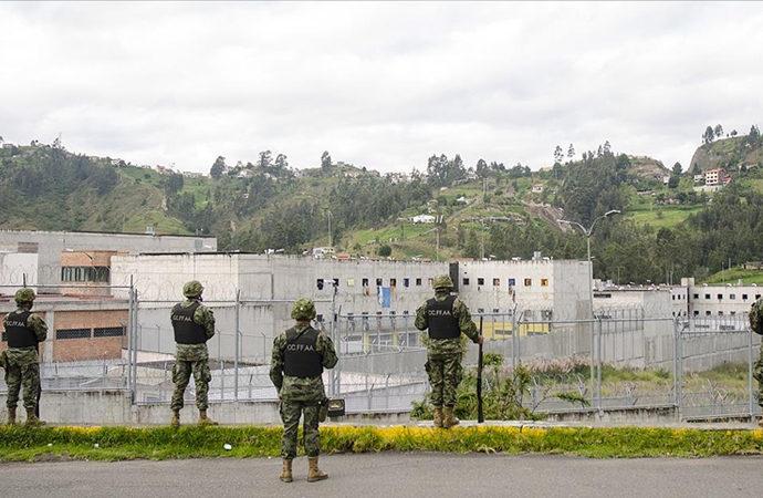 Ekvador'da cezaevinde çeteler savaşı