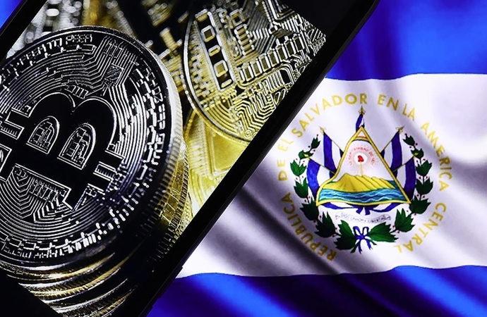 Bitcoin, El Salvador'da resmen tedavüle girdi