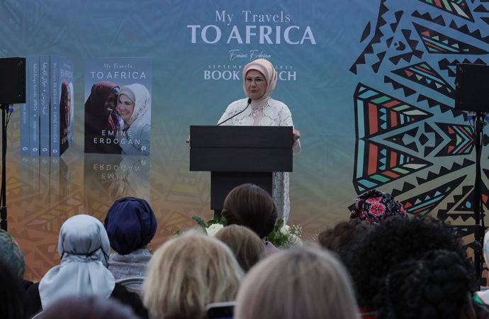 Emine Erdoğan ilk kitabının tanıtımını ABD'de yaptı