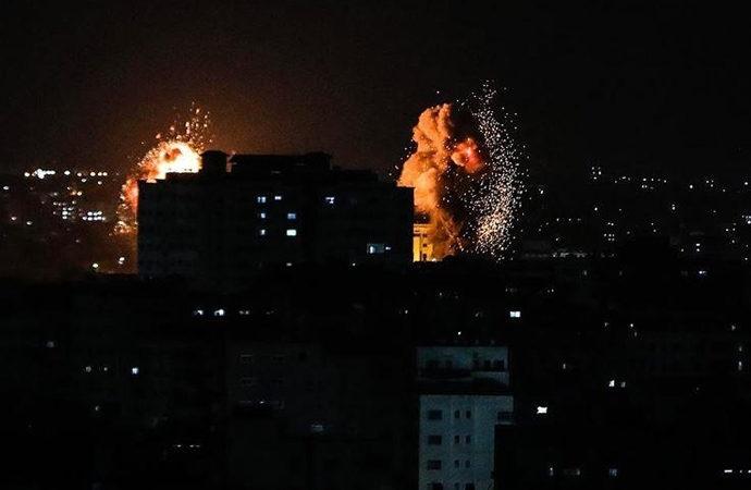 Gazze'ye siyonist devletten hava saldırısı