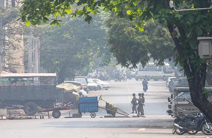 Myanmar'da 'gölge' hükümetten ayaklanma çağrısı