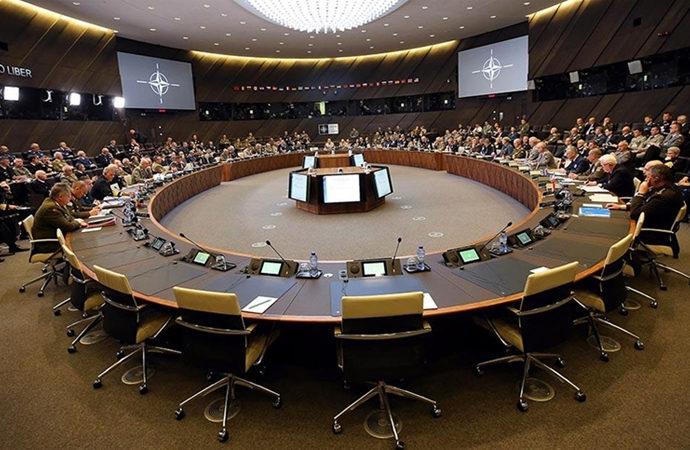 Nato toplantısı Yunanistan'da yapıldı