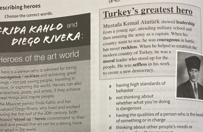 Rumların ders kitabından Atatürk sayfasının yırtılması talimatına Türkiye'den tepki
