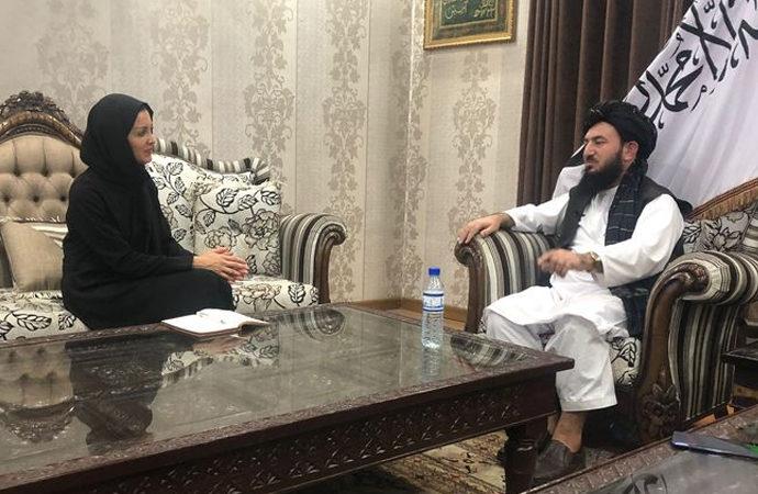 Raşid Dostum'un malikanesinde Taliban röportajı