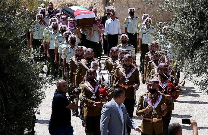 1967'de ölen asker için Aksa'da cenaze namazı