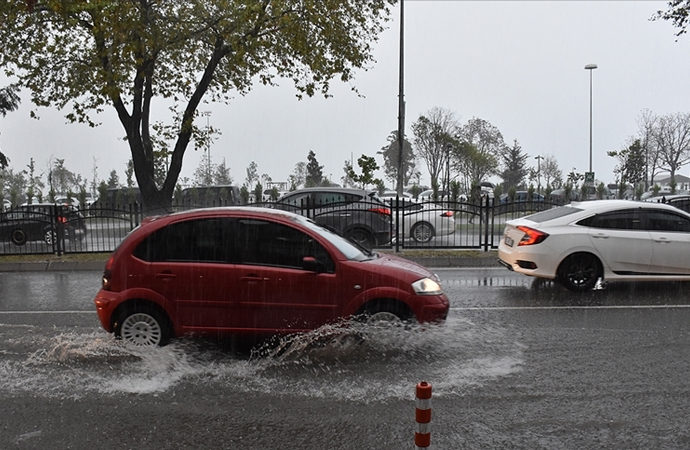 7 şehir için 'çok kuvvetli' yağış uyarısı yapıldı