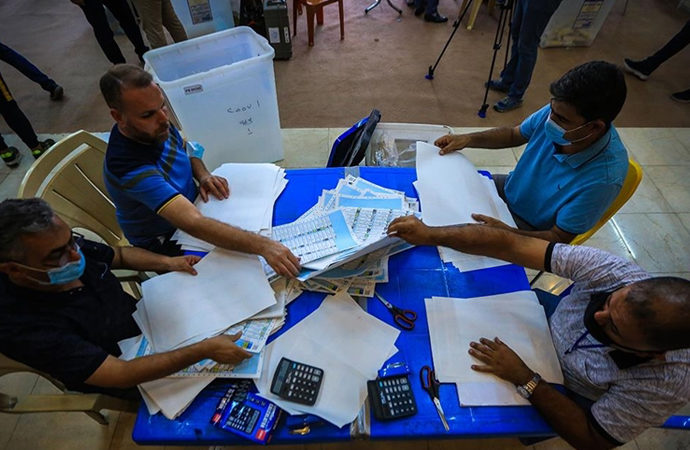 Irak'ta Şii siyasiler seçimin sonuçlarını reddetti