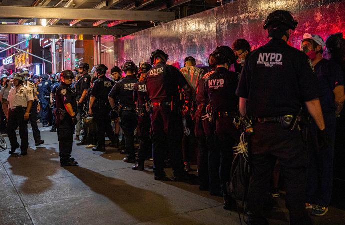 ABD'nin en büyük şehrinde silahlı şiddet ve çete savaşları