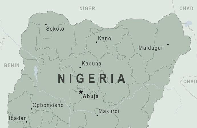 Nijerya'da pazar yerini silahla taradılar